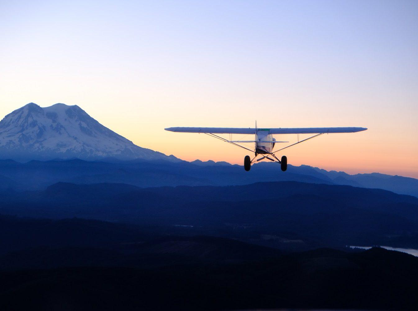 W142 Plane Sunset
